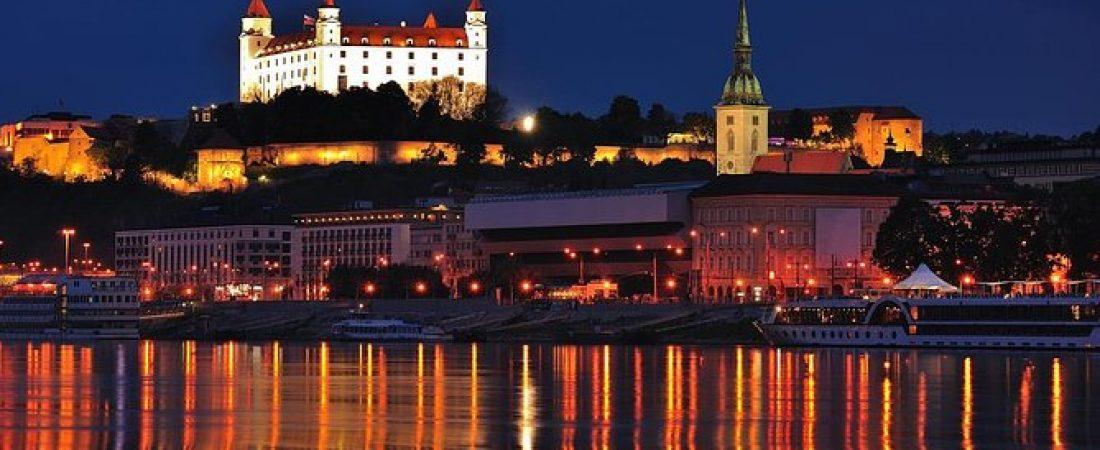 """Čo o Bratislave ešte neviete? Okrem zaujímavostí a pamiatok v nej nájdete aj najlepšie """"tantrické masáže"""""""